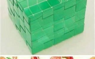 Корзина для белья из пластиковых панелей